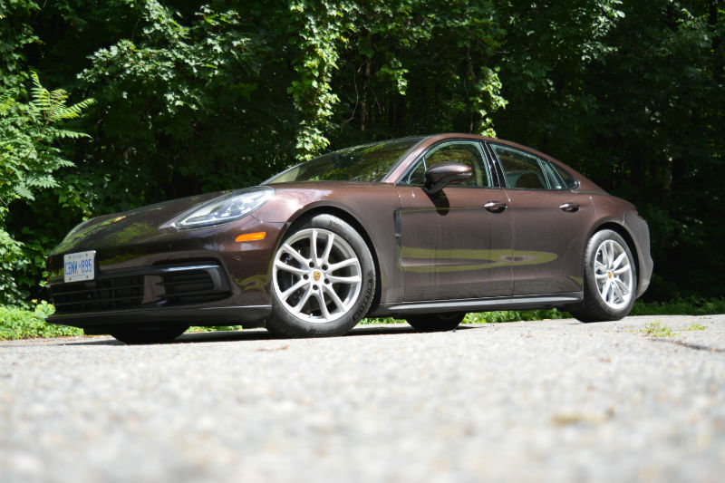 CAR REVIEW: 2017 Porsche Panamera 4