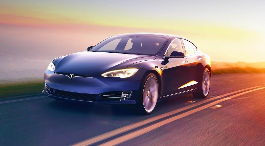 Tesla satisfaction à la clientèle