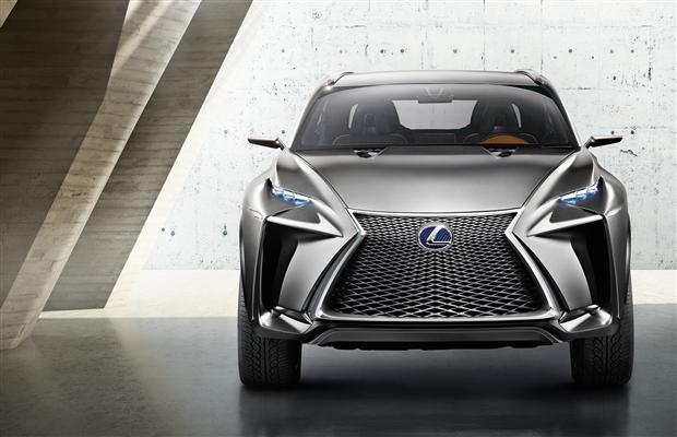 Lexus LF-NX 4