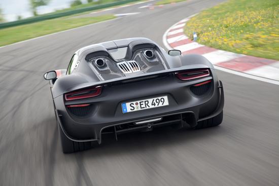 Porsche 918 12