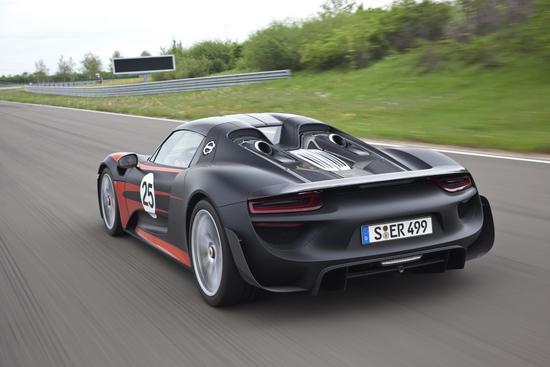 Porsche 918 13