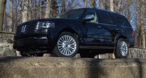 Lincoln Navigator 2015, trop, mais pas assez