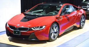 La BMW i8 «  Protonic Red» 2017 s'impose au Salon de Montréal