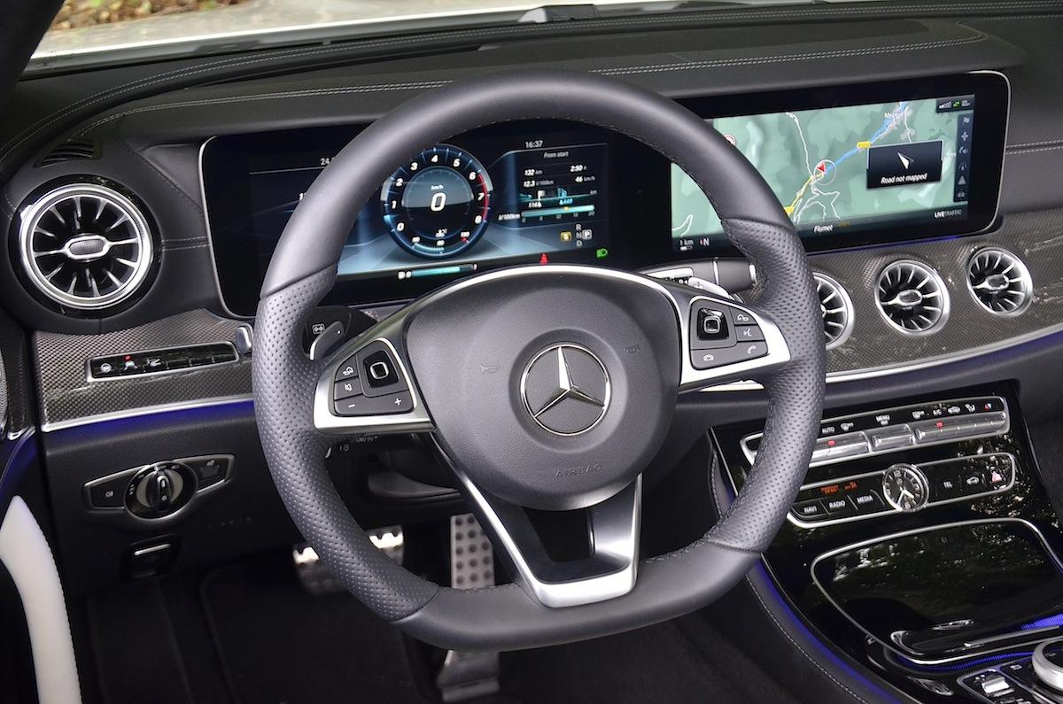 Mercedes-Benz-Classe-E-Cabriolet-2018-25