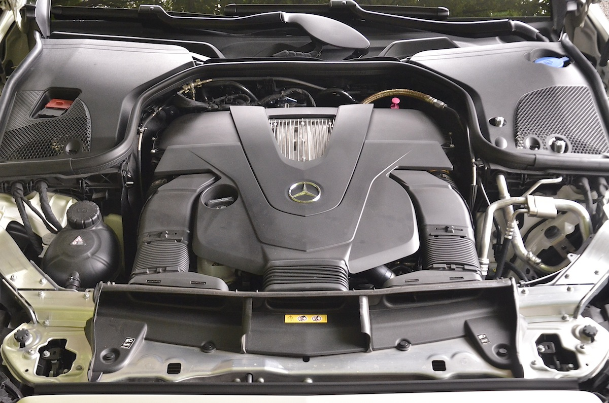 Mercedes-Benz-Classe-E-Cabriolet-2018-39