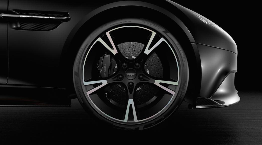 Aston Martin Vanquish S Ultimate 2019-4