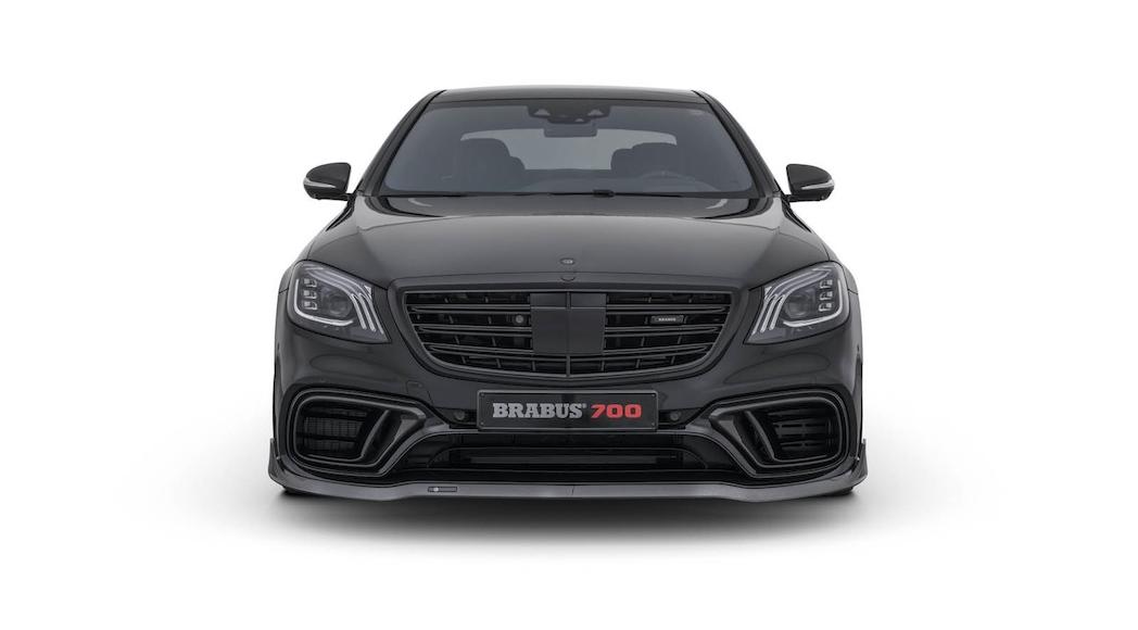 Mercedes-Brabus 700 2018-3