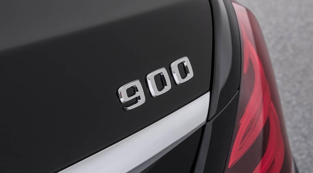 Mercedes-Brabus 900 2018-13