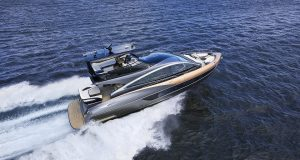 Lexus prend le large avec un nouveau yacht