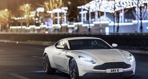Mercedes-Benz, propriétaire de 20 % des parts d'Aston Martin